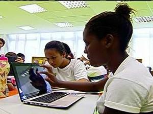 Computador na sala de aula (Foto: Reprodução/TV Globo)
