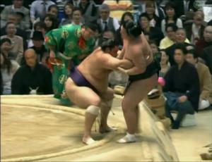 Ricardo Sugano durante luta de sumô (Foto: Reprodução SporTV)
