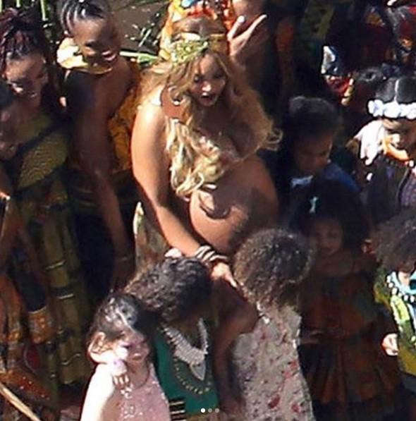 Beyoncé é flagrada em seu chá de bebê (Foto: Reprodução/Instagram)