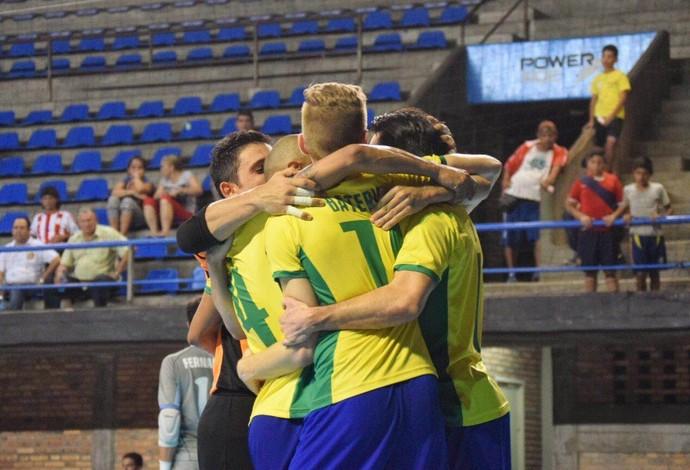 Brasil Uruguai Eliminatórias Mundial de Futsal (Foto  Luis Domingues CBFS) 23b426b2ac73a