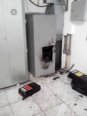 Caixa do BB foi arromabado em Mossoró (Foto: Marcelino Neto/G1)
