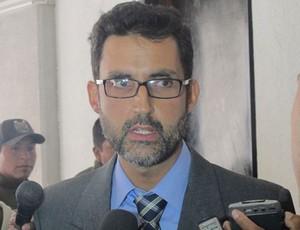 Eduardo Saboia  ministro conselheiro da Embaixada do Brasil na Bolívia (Foto: Diego Ribeiro)
