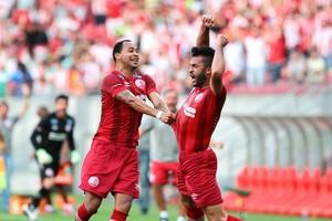 Ronaldo Alves Náutico x Santa Cruz (Foto: Marlon Costa / Pernambuco Press)