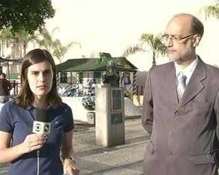Lista de material escolar é tema de entrevista em Barra Mansa (Foto: Reprodução Bom Dia Rio)