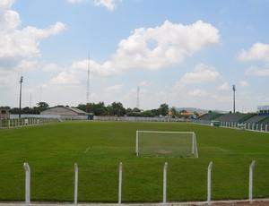 Estádio Gentil Valério, o Valerião, em Ariquemes, Rondônia (Foto: Eliete Marques)