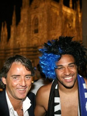 Roberto Mancini Adriano Inter de Milão (Foto: AFP)