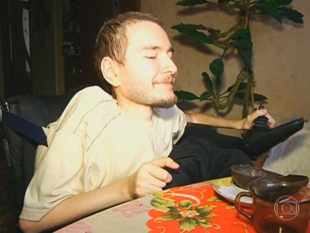 Valery Spiridonov se candidatou para ser o primeiro paciente a se submeter a um procedimento de transplante de cabeça (Foto: Reprodução/TV Globo)