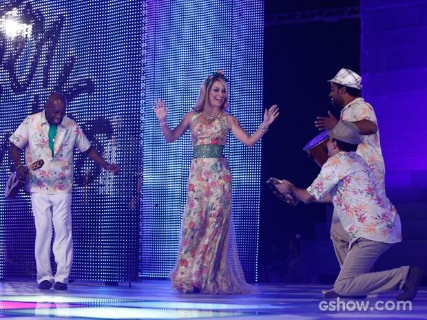 Pamela dá vitória para banda e cai no samba (Foto: Inácio Moraes/TV Globo)