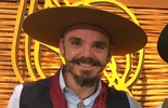 Edilberto Bérgamo toca 'Oito Baixos de Botão'