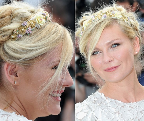 Kirsten Dunst em maio usando a tiara no red carpet de Cannes (Foto: Getty Images)