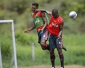 Jornalistas pedem calma com defesa do Fla, após seis gols em dois jogos