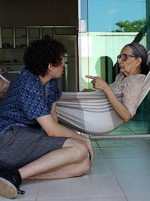 """""""Abissal"""" foi gravado ao longo de quatro dias em Quixeré (CE), na casa da avó do diretor, Dona Rosa Alvina (Foto: Rodrigo Gorosito/Divulgação)"""