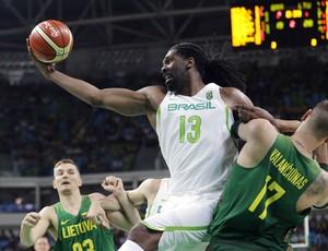 nenê, basquete, brasil, lituânia (Foto: AP Photo/Eric Gay)
