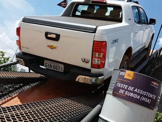 Test-drive da Chevrolet no Salão do Automóvel (Foto: Reprodução)