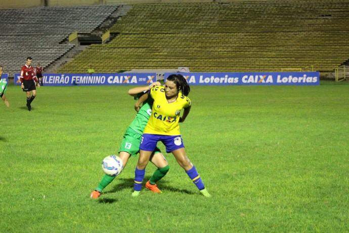 Nina, Tiradentes-PI (Foto: Abdias Bideh/GloboEsporte.com)
