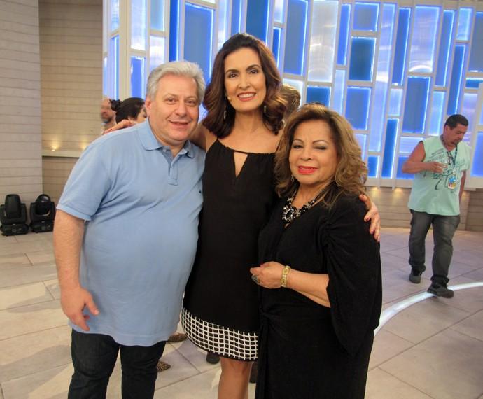 Fátima, convidado e a cantora Ângela Maria  (Foto: Viviane Figueiredo Neto/Gshow)