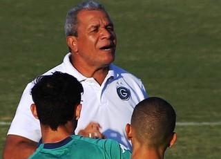 Hélio dos Anjos, técnico do Goiás (Foto: Reprodução/TV Anhanguera)