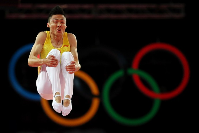 Chinês Dong Dong é um astro do trampolim acrobático (Foto: Getty Images)