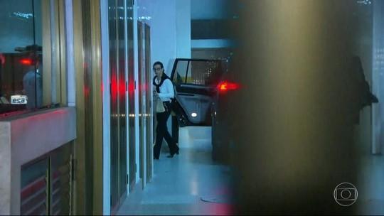 Adriana Ancelmo aguardará em casa decisão sobre volta à prisão