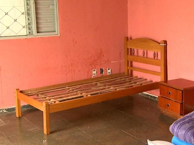 Delegado diz que casa na Ribeirânia não possuía instalações adequadas para abrigar idosos (Foto: Ronaldo Gomes/EPTV)