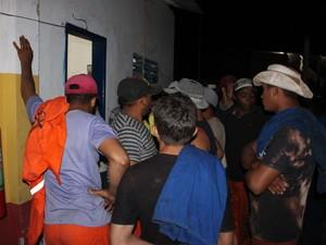 Homens são funcionários de empresa responsável pelo asfaltamento em São Luís (MA). (Foto: Divulgação / MPT)