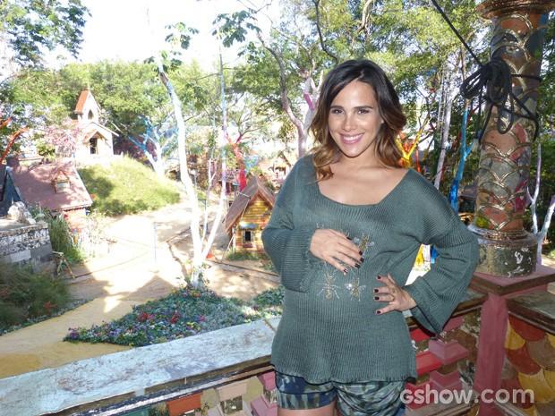 Wanessa adorou a vista do vilarejo (Foto: Meu Pedacinho de Chão / TV Globo)
