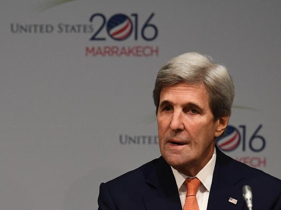 John Kerry fala na conferência do clima em marrakesh (Foto: Mark Ralston/AFP)