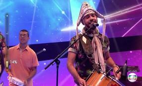 Fulô de Mandacaru faz medley com músicas de Luiz Gonzaga e Zezé di Camargo e Luciano