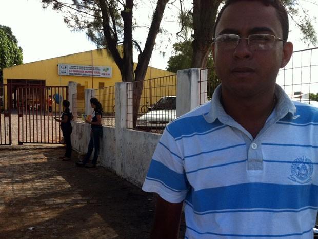 Estudante Adriano Andrade disse que não gostou da redação no segundo dia de Enem (Foto: Rafael Barbosa/G1 RN)