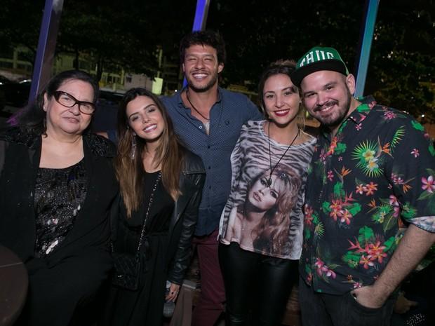 Giovanna Lancellotti, Nando Rodrigues, Keila Zago e Guilherme Barros em festa no Rio (Foto: Raphael Mesquita/ Divulgação)