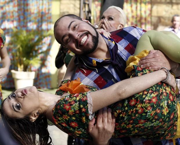 Tatá Werneck e Tiago Abravanel se divertiram na Festa Junina do Mais Você (Foto: Inácio Moraes/Gshow)