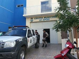 Câmara Municipal de Apodi, no RN, foi alvo de ação conjunta do MP e PM (Foto: Jair Gomes/G1)