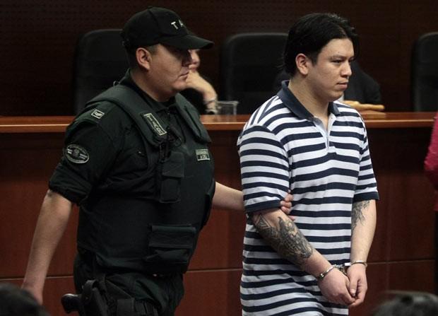 Patricio Ahumada chega ao tribunal nesta segunda-feira (28) (Foto: AFP)