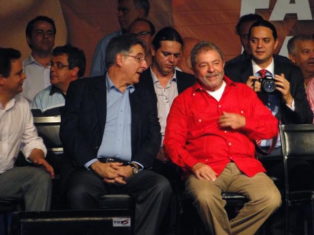 Fernando Pimentel (PT) é lançado pré-candidato ao governo de Minas Gerais; Lula estava presente no evento (Foto: Pedro Ângelo / G1)