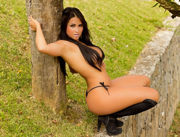 Syllvia Andrade, ring girl capixaba do Jungle Fight (Foto: Wesley Bandeira/Bambal.com.br)