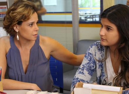 Lívia e Ana pedem o fim do uniforme no Leal Brazil