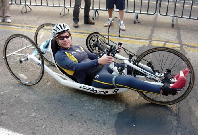 Jady Martins Malavazzi Paralímpico - Paracanoagem (Foto: Reprodução / Facebook)