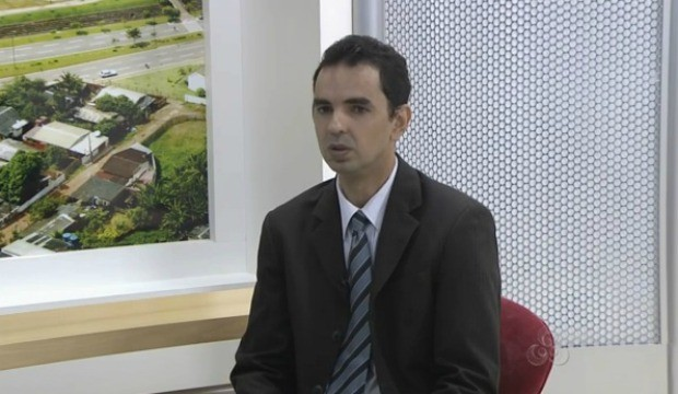 Dúvidas sobre a remuneração e atividades sobre o estágio foram tiradas no programa. (Foto: Acre TV)