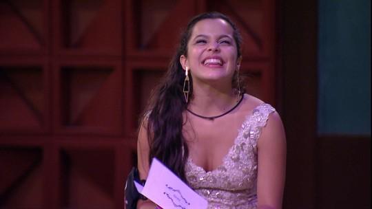 Emilly fala de Mayla com Elis: 'A gente sempre se planejou, eu famosa e ela cuidando das coisas'