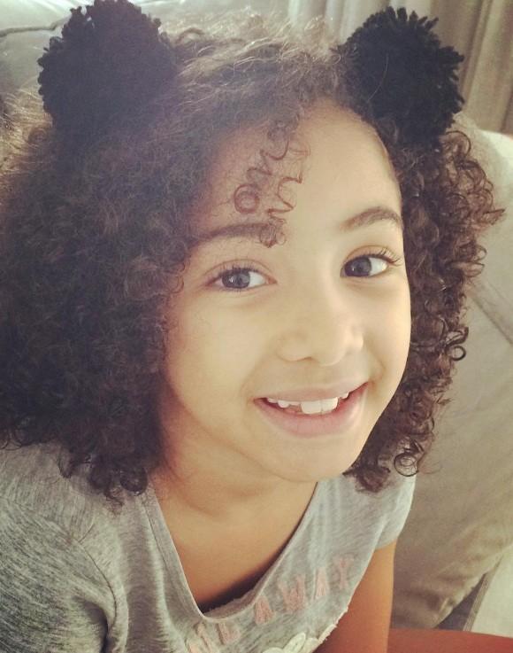 Alícia, filha de Samara Felippo, em um segundo post sobre o assunto  (Foto: Reprodução/Instagram)
