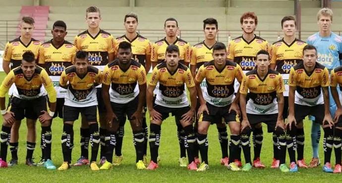 Irmãos de Uberlândia miram clubes de tradição e se destacam no futebol nacional (Foto: Divulgação/Criciúma E.C.)