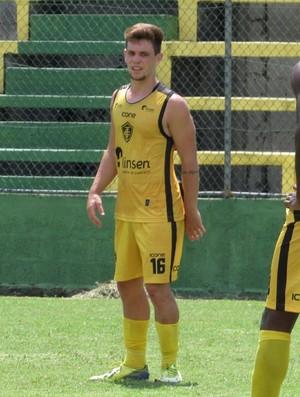 Edson Brejetuba deve ganhar oportunidade no jogo-treino contra a Desportiva (Foto: Hélio Roberto/E.C. Tupy)