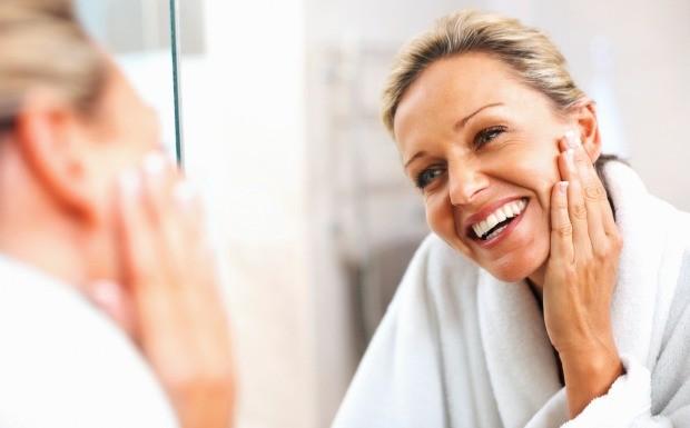 Cuidados com a pele aos 20, 30 e 40 anos (Foto: Divulgao)