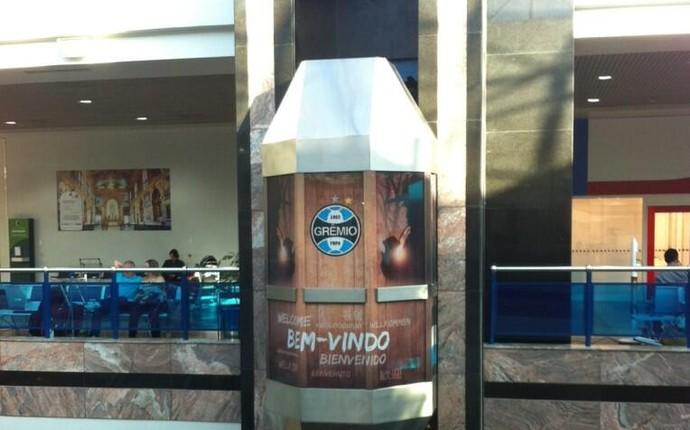 decoracao gremio salgado filho elevador (Foto: Odorico Roman/ Grêmio, DVG)