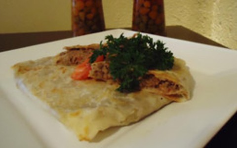 Gözleme de carne e de batata: receita do crepe turco