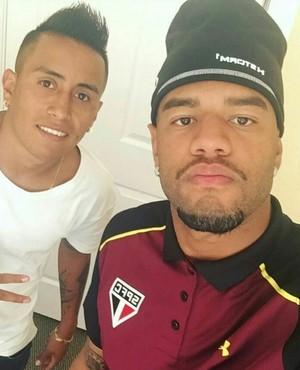 Junior Tavares registra chegada de Cueva a Bradenton (Foto: Reprodução)
