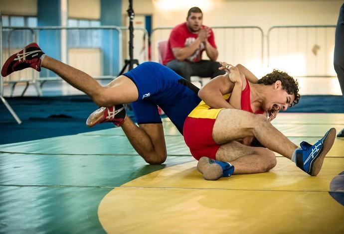 Brasileiro cadete luta olímpica (Foto: Renato Sette/CBLA)