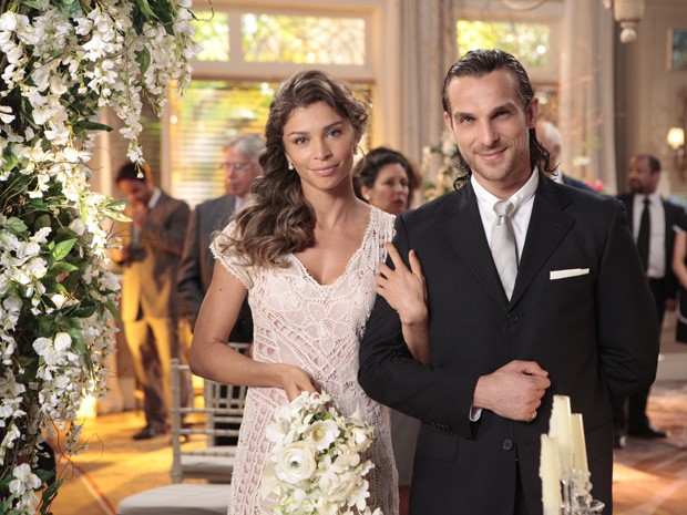Casamento de Ester e Alberto (Foto: Vila dos Ventos / TV Globo)