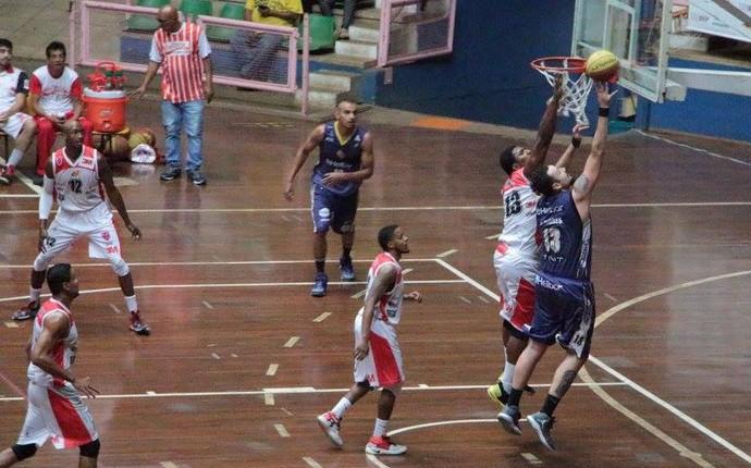 América x Mogi das Cruzes Campeonato Paulista de basquete (Foto: Lucas Martins/Assessiva Comunicação)