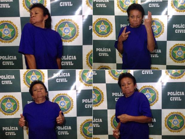 Suspeita faz série de poses durante apresentação na delegacia (Foto: Fernanda Rouvenat/G1)
